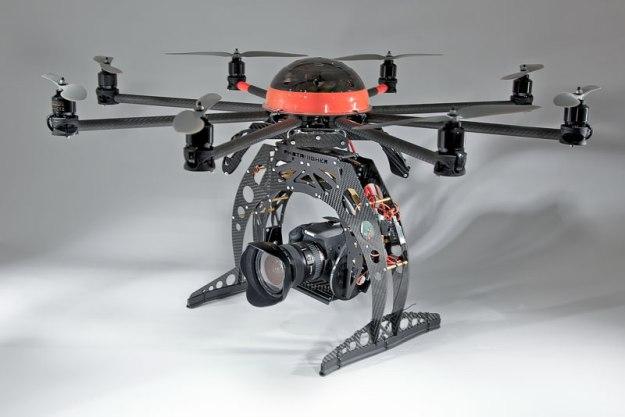 Il sistema Octo-Canon di aeroshots.es