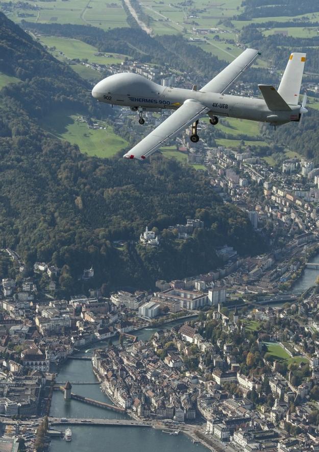 Le prove di valutazione dell'Hermes 900 sulla Svizzera risalgono all'inverno 2012.